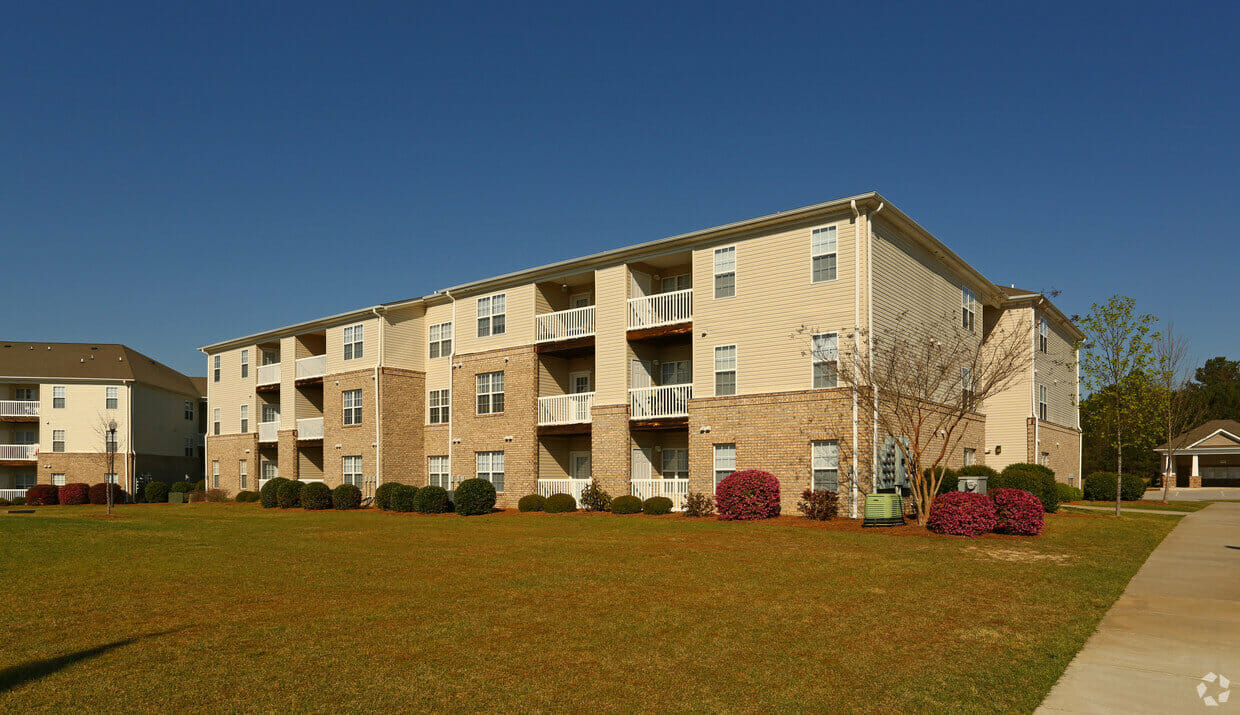 Piedmont Plantation Apartments 3250 Carter Rd, Sumter, SC 29150